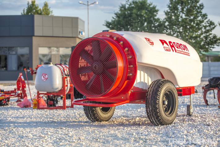 Пръскачки Прикачни вентилаторни пръскачки Agron 7 - Трактор БГ